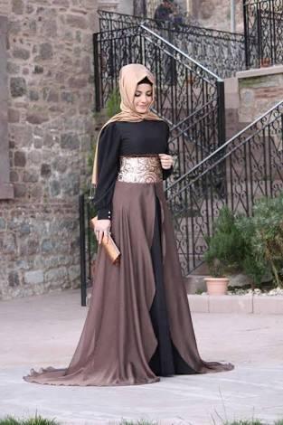الفستان الخامس