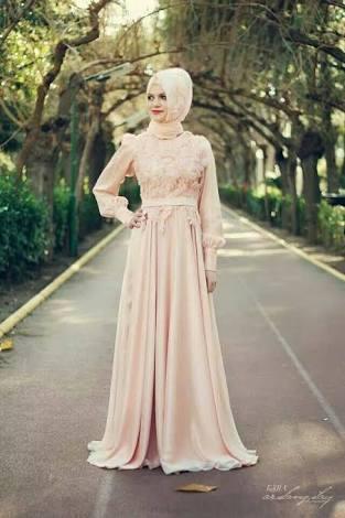 الفستان السابع عشر