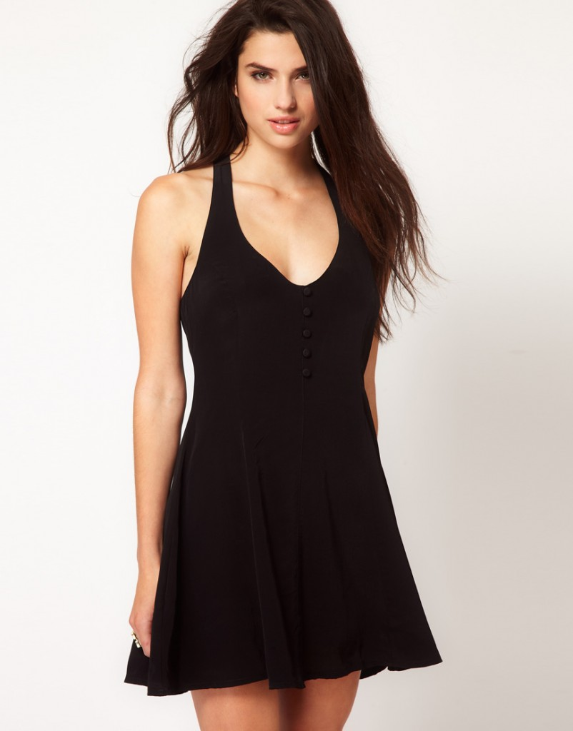 2014 Kısa Siyah Dantelli Elbise2015 1373285538722.jpg