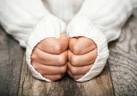برودة الأطراف وكيفية علاجها والأسباب التي تؤدي للإصابة بها