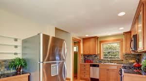 تنظيف سقف المطبخ