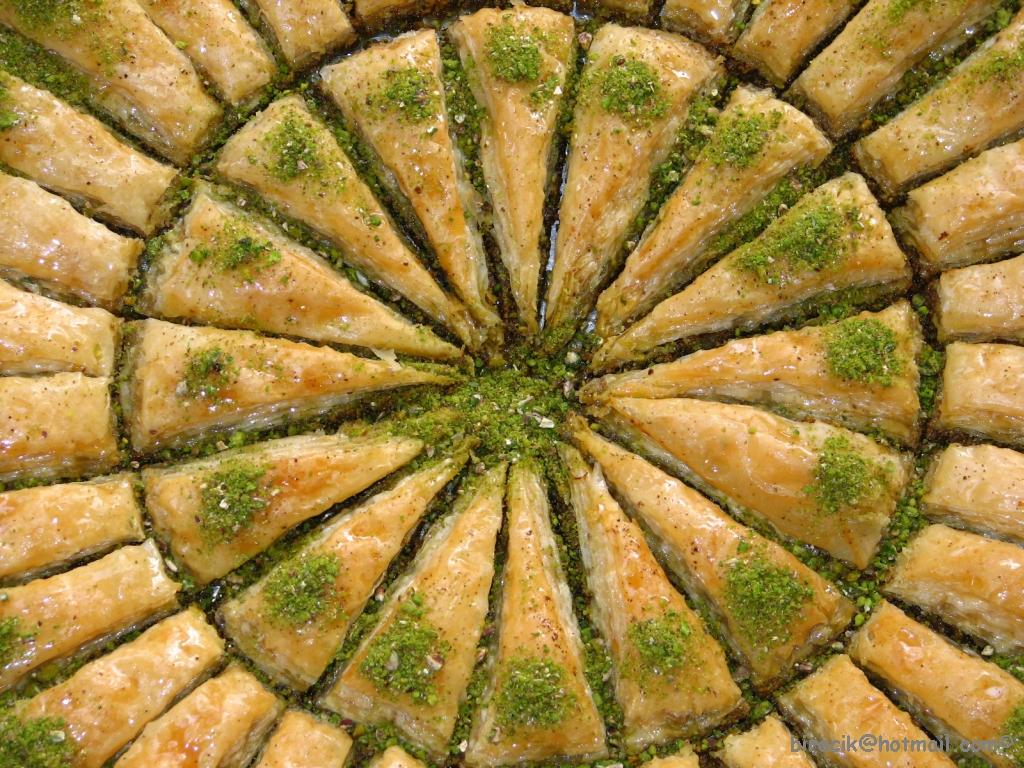 حلويات رمضان وعزومات رمضان للأهل والأحباب