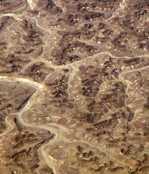 صحراء ظفار هي واحدة من أصعب الأماكن في عمان