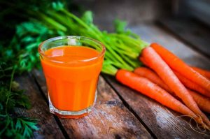 how-to-incorporate-juicing-into-a-healthy-diet-1024x680