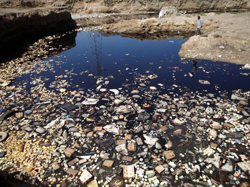 مصادر تلوث المياه بمياه الصرف المختلفة