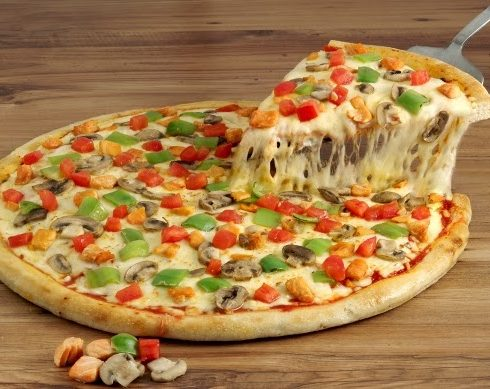 طريقه عمل البيتزا