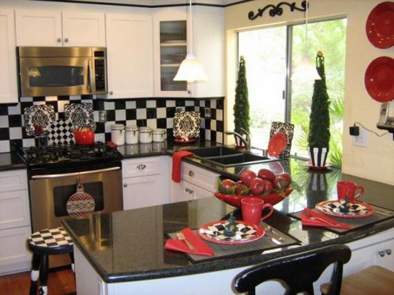 يتميز المطبخ بالاوان مبهجه وعصريه وتناسب جميع الازواق والجديد في المطبخ انه يتميز بلسراميك الملون ويعطي بهجه في المكان