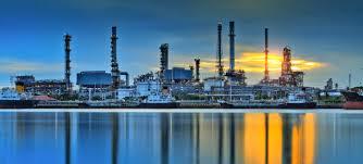 أول دول التي تم أكتشاف البترول فيها