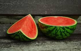 فوائد البطيخ للعلاقة الحميمة