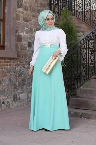 الفستان الرابع عشر