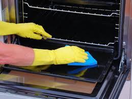 طريقة تنظيف الفرن