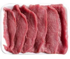 بفتيك اللحم مع البطاطس والبروكلى :
