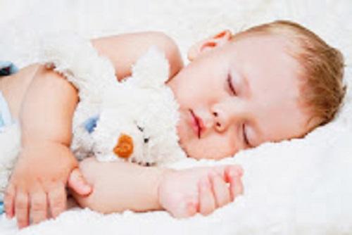 علاج انسداد الأنف عند الطفل اثناء النوم